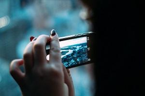 スマホカメラで写真撮影