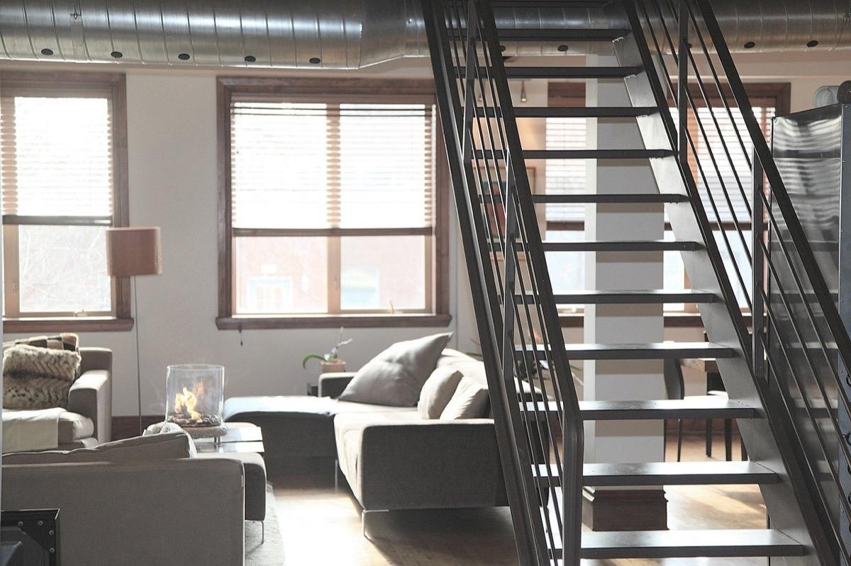 階段がある部屋